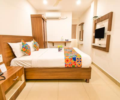 FabExpress Delma VGN Nagar,Chennai