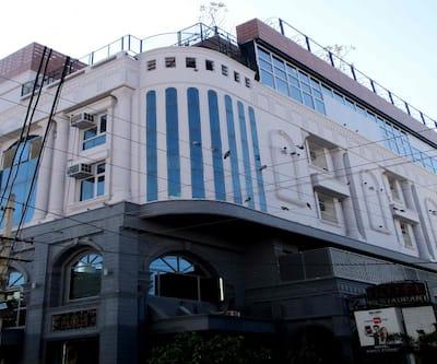 Hotel Kings Corner, Raja Park,