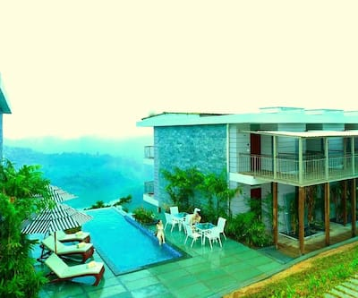 Ragamaya Resort & Spa,Munnar