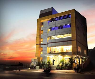 Golden Gate Hotel,Indore
