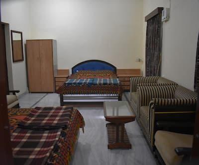 Hotel Ram Kuti, Near Pushkar Bus Stand,