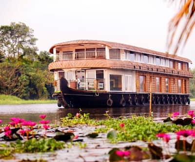 Angel Houseboats,Alleppey