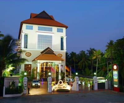 Regant Lake Palace Hotel,Kollam
