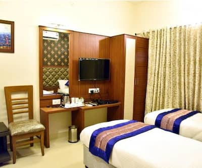 Pine Tree Boutique Hotel,Chennai