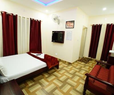 Deluxe Residency,Wayanad