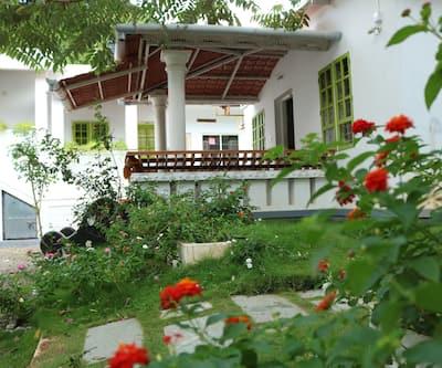 Marayoor Holidays,Munnar
