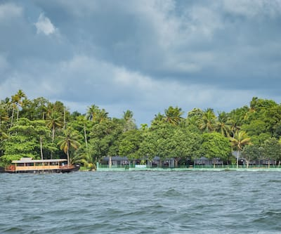 Illikkalam Lakeside Cottages,Kumarakom