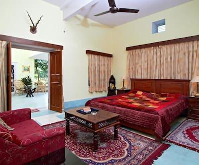 Nokha House, Bani Park,