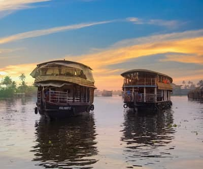 cathey Pacific Luxury house boat 1,Alleppey