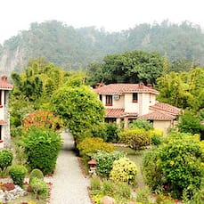 The Riverview Retreat, Corbett