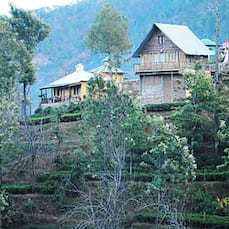 Himalayan Village Resort, Kausani