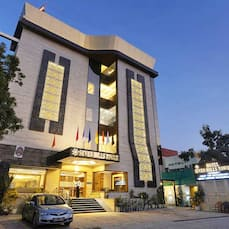 Hotel Seven Hills Tower, Agra