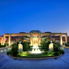 Orient Taj Hotel And Resorts In Agra
