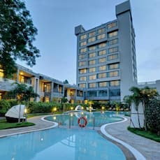 BOULEVARD 9 LUXURY RESORT & SPA, Nadiad