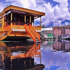 Shelter Group of Houseboats, Srinagar