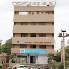 Hotel Center point, Solapur