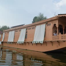 Akbar Group of Heritage Houseboat, Srinagar