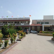 Goverdhan Greens Resort, Dwarka