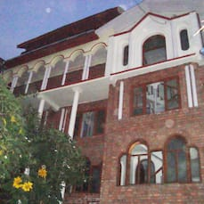 Kashmir City Center Guest House, Srinagar