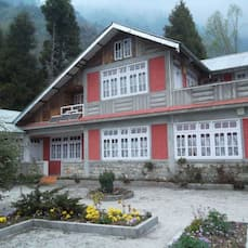 Season House, Lachung