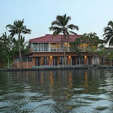 Grand Ayur Island Resort, Alleppey