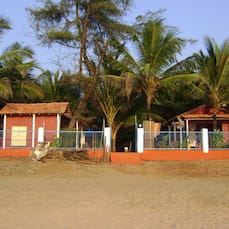 New Common Home Beach Resort, Goa