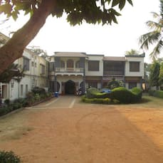 Udayan Lodge