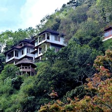 Blackberry Hills Retreat & Spa, Munnar