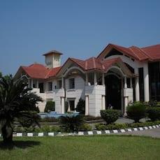 Lake Land Country Club Residency, Kolkata
