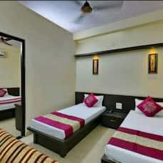 Hotel K K, Indore