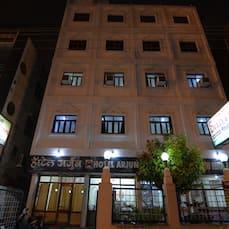 Hotel Arjun, Nagpur