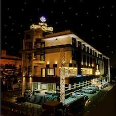 Savvy Grand, Lucknow