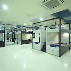 In & Out Dormitory, Ahmedabad