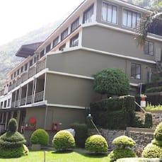 Abad Copper Castle Hill Valley Resort, Munnar