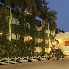 Hotel Parisutham, Tanjore