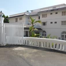 Hotel Luciya Palace, Thrissur