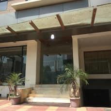 Hotel Aarya Inn, Raipur