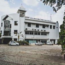 Hotel Vardaan, Sagar