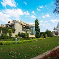 V Resorts Farm Stay Delhi, New Delhi