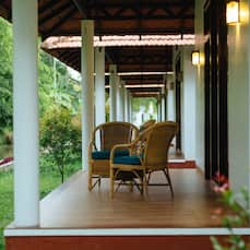 Palmgrove Lake Resort, Alleppey