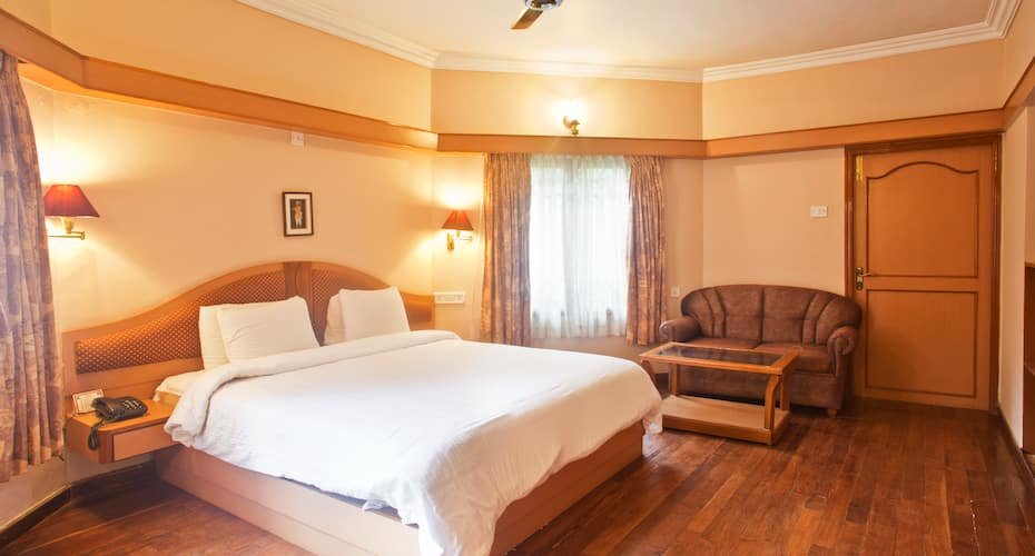 Hotel Kodai International, Lawsghat Road,