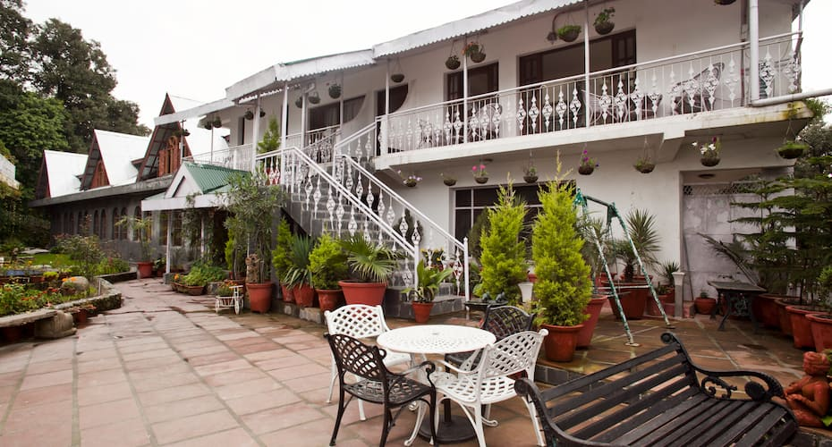 Hotel Mount View & Spa, Near Bus Stand,