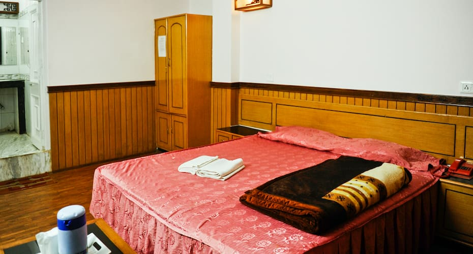 Hotel Doma Residency, M G Road,