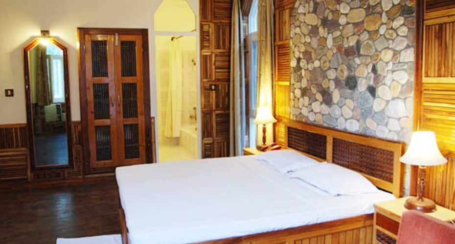 The Wild Crest Resort, Dhikuli,