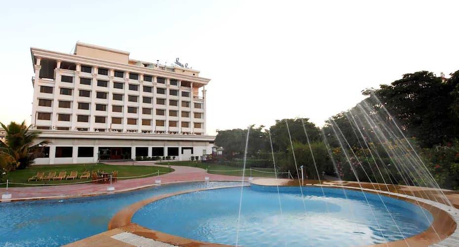 Sun N Sand Hotel, Shirdi, Shirdi - Book this hotel at the