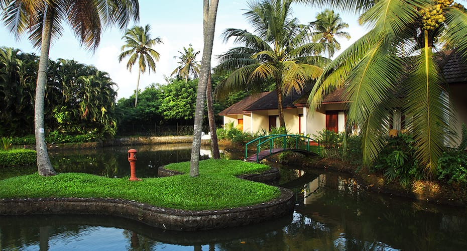 Abad Whispering Palms Lake Resort, Nazrath Church Road,