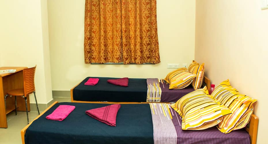 Royal Grand Days, Besant Nagar,