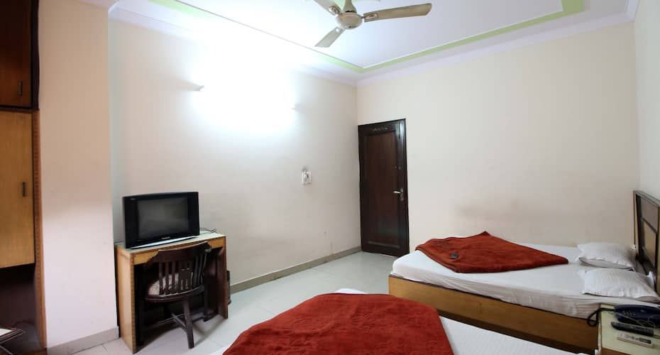 Ratandeep Lodging House, Paharganj,