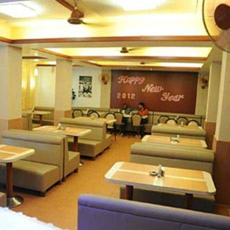 Hotel Sea Rock, Near Geeta Bhavan,