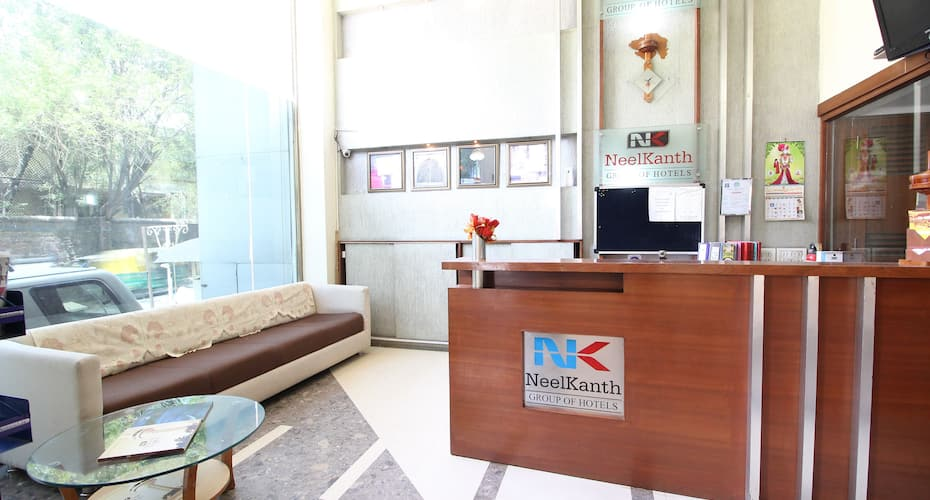 Hotel Neelkanth Parshikura, Ellis Bridge,
